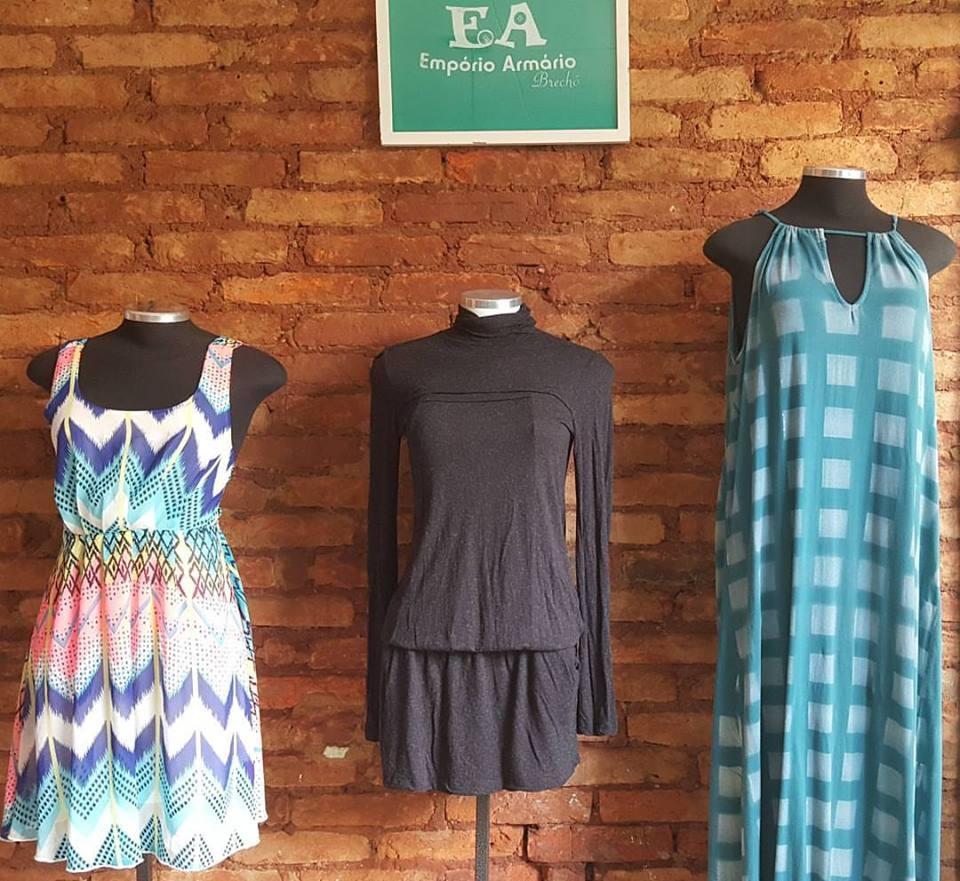 b47a2dad090 Os brechós são alternativas inteligentes para comprar peças boas e baratas  e renovar o guarda-roupa com economia!