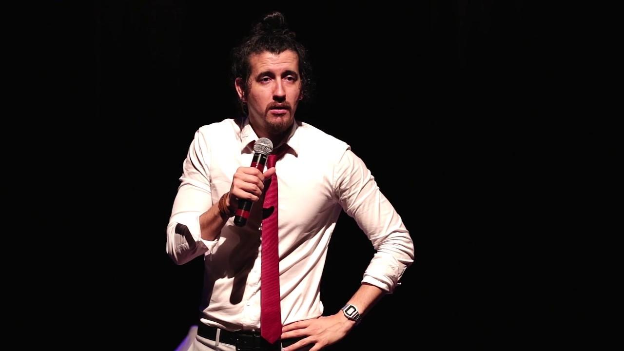 dc800c17c Humorista Afonso Padilha apresenta Espalhando a Palavra em Goiânia e ...