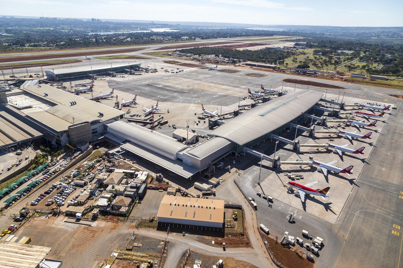 Ver fotos do aeroporto de brasilia 24