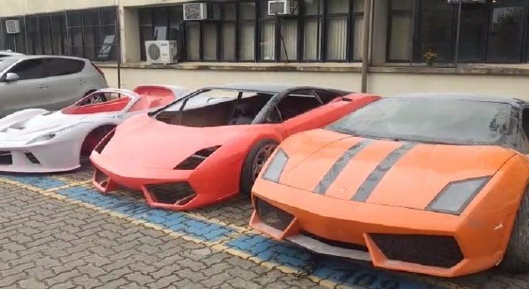 cd5ed7d97 ... Ferraris e Lamborghinis falsas no Brasil. As réplicas eram tão  idênticas que as próprias fábricas originais fizeram a denúncia