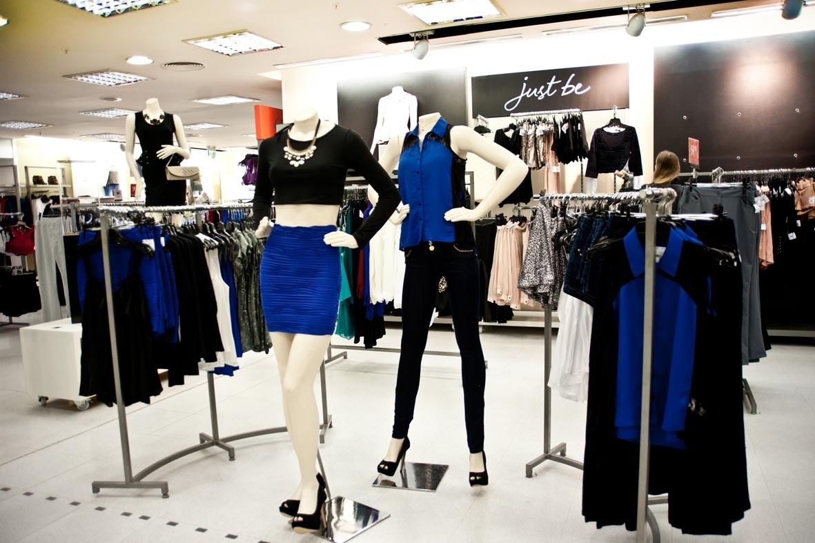 78ec3f83c Renner faz promoção de roupas com até 90% de desconto na loja ...