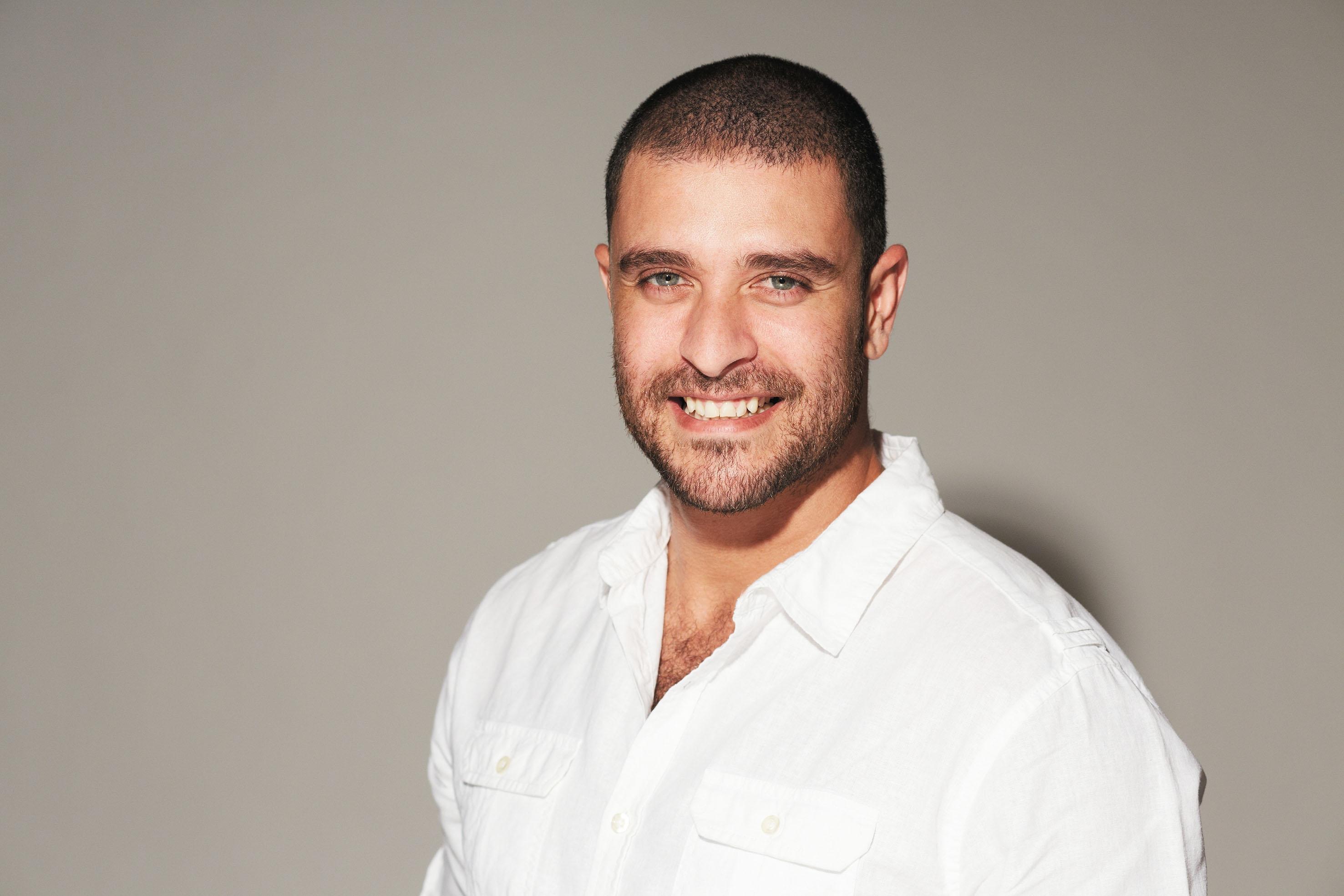 Diogo Nogueira faz show em Goiânia no dia 22 de julho - Curta Mais