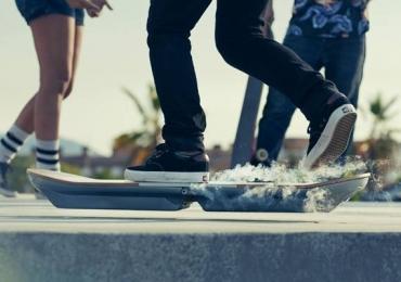 De Volta Para o Futuro: o skate voador da ficção é real e em breve você pode ter um!
