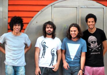 Após turnê internacional, Boogarins retorna a Goiânia para show