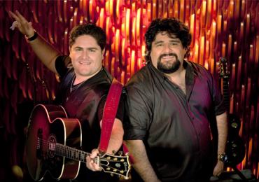 César Menotti e Fabiano animam balada sertaneja em Goiânia