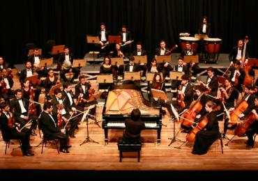 Um é bom, dois é bom demais: Filarmônica faz concerto especial gratuito para dois pianos