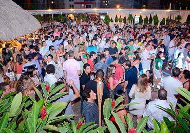 Muito reggae com a Banda Maskavo no 23° Luau do Castro's Park Hotel