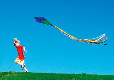 Oficinas e Festival de Pipas colorem as férias das crianças