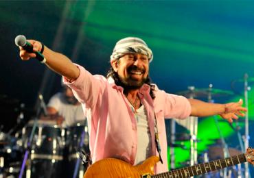 Bell Marques, ex Chiclete com Banana, faz show em balada de Goiânia