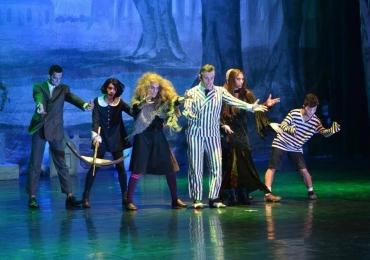 Basileu França abre inscrições para companhia de teatro musical