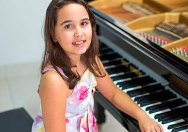 Orquestra e Balé fazem apresentação especial para as crianças