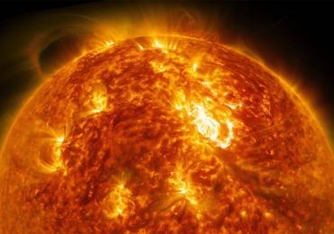 Veja como é o sol de pertinho