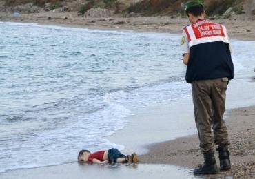 As 5 fotos com crianças mais tristes da história