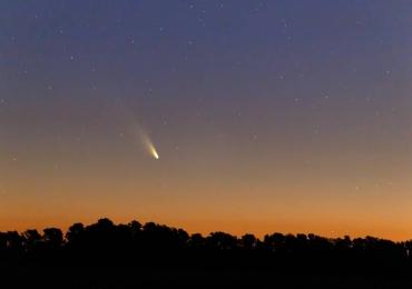 Cometas poderão ser vistos ao vivo a olho nu nesta segunda (21) e terça (22)