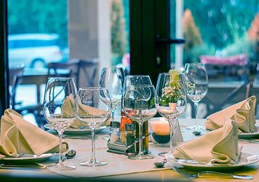 Xô calor! 20 restaurantes climatizados em Goiânia pra almoçar fresquinho