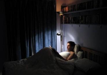 Pessoas inteligentes dormem mais tarde