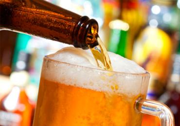 8 bares em Goiânia para curtir o happy hour na segunda-feira com até R$10