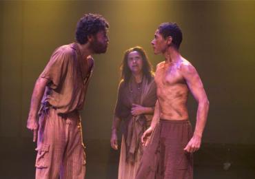 Companhia do Blefe apresenta espetáculo Braseiro em Goiânia