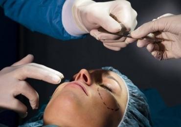 Mulheres vítimas de violência doméstica terão cirurgia sem custo pelo SUS