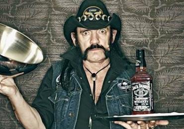 Jack Daniel's lança edição especial para homenagear Lemmy kilmister