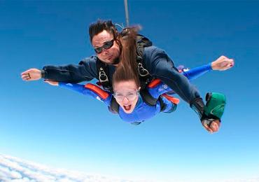 15 programas incríveis pra curtir com seu pai (até salto de paraquedas)