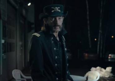 Antes de morrer, vocalista do Motörhead grava comercial. Veja o vídeo