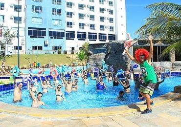 Resort em Caldas Novas tem carnaval para a família com atração nacional