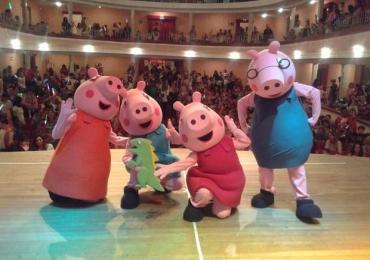 Musical 'Peppa Pig' anima o sábado dos pequenos