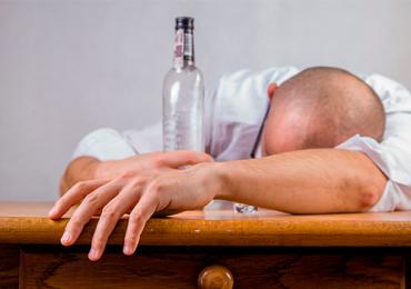 Pessoas de 29 anos têm as piores ressacas