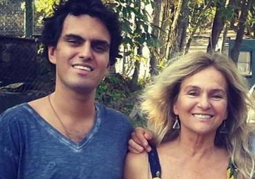 Mãe de Rian Brito, neto de Chico Anysio, usa rede social para agradecer e descartar suicídio