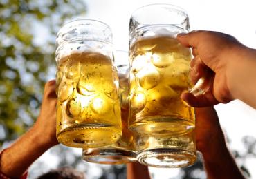 Cientificamente comprovado: cerveja combate a gripe e diminui o risco de Alzheimer
