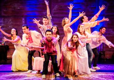 Teatro Madre Esperança Garrido em Goiânia recebe o musical Beatles num céu de diamantes
