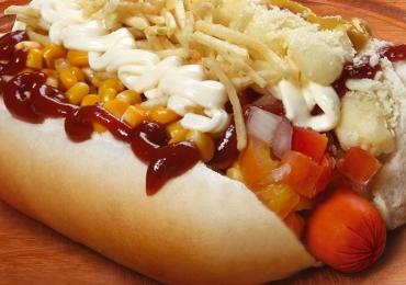 7 lugares baratos para comer cachorro quente em Goiânia
