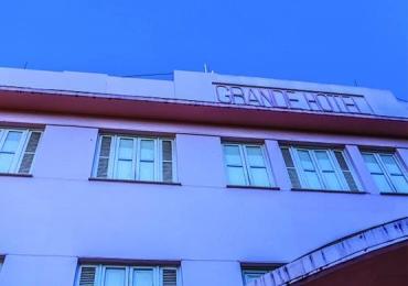 Domingo de música no Grande Hotel no Centro histórico de Goiânia