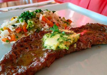 Restaurantes de Goiânia com almoço caprichado na casa dos R$20