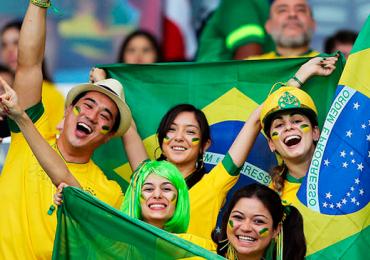 O que é que o brasileiro tem? Pesquisa revela o que os estrangeiros mais gostam no povo daqui