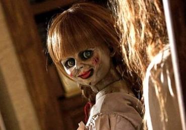 Réplica da boneca 'Annabelle' é vendida por US$ 94