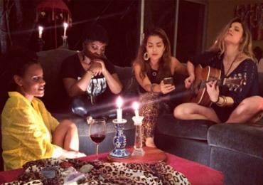 Meninas do Rouge se reencontram e cantam juntas depois de 11 anos