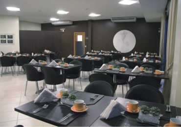 Café da Manhã ganha sabor e economia em restaurantes de hotéis