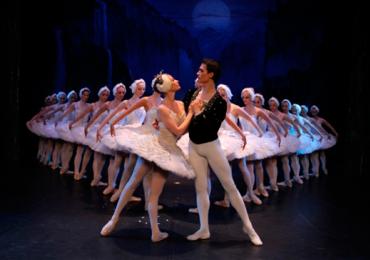Solistas do balé russo apresentam espetáculo em Goiânia