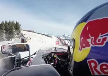 Carro de Fórmula 1 corre na neve e impressiona. Assista o Video