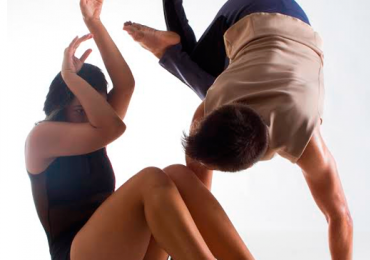 Premiada companhia de dança apresenta espetáculo em Goiânia
