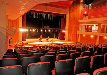 Conto de Mia Couto invade palco do Basileu França em Goiânia