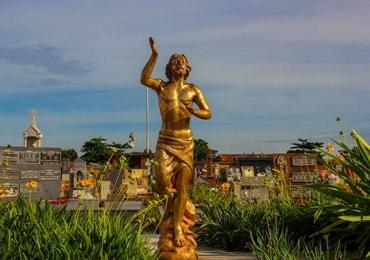 Quebrando Tabu - Cemitério Santana, no Setor Campinas, pode virar atração turística
