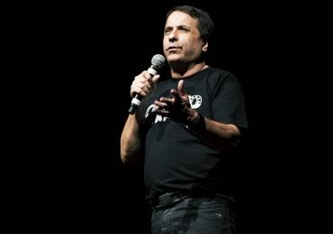 O Melhor do Ceguinho com  o humorista Geraldo Magela no Teatro Goiânia