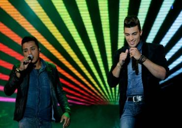 Vencedores do The Voice Brasil Danilo Reis e Rafael na Woods