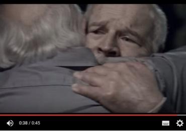 Novo comercial da Volkswagen mostra velhos irmãos fazendo as pazes depois de anos e emociona o Brasil; assista ao vídeo