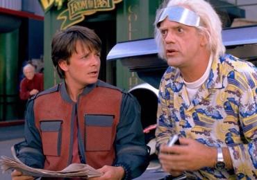 Marty McFly e Dr. Brown chegam a Goiânia 30 anos após viagem para o futuro