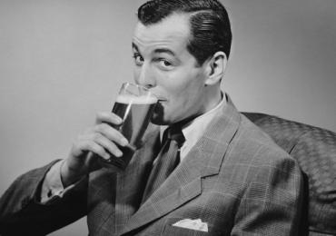Cerveja deixa os homens mais inteligentes, indica pesquisa