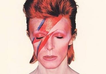 A trajetória de David Bowie em dez diferentes fases